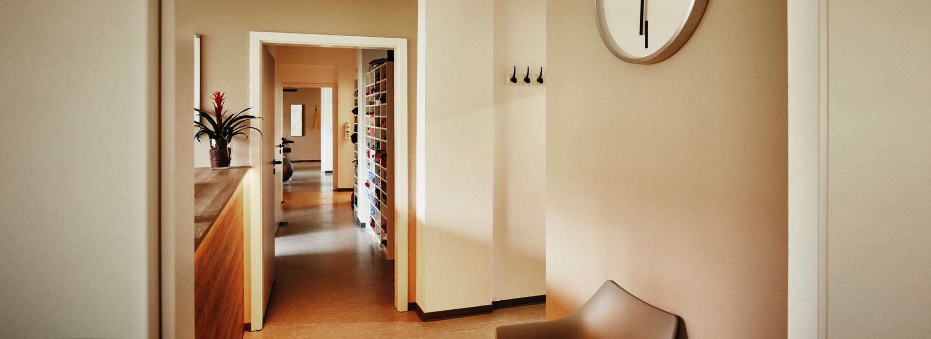 Eingangsbereich der Physiopraxis HVL