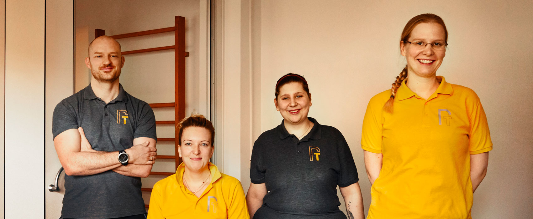 Teamfoto der Physioteam HVL Mitarbeiter